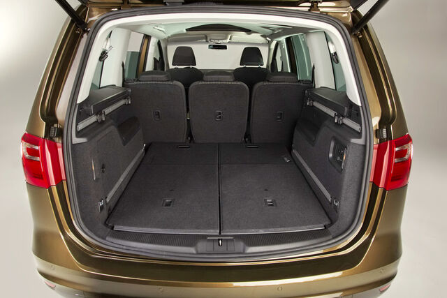 File:2011-Seat-Alhambra-MPV-6.jpg