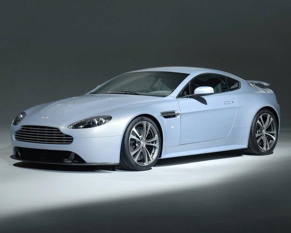 File:Aston Martin V12 Vantage RS 2.jpg