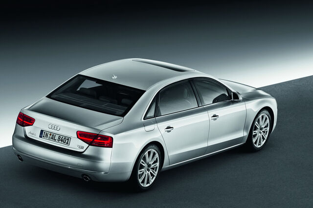 File:2011-Audi-A8-L-W12-16.jpg