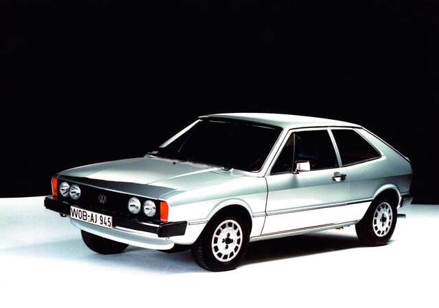 File:VW-Scirocco-I-10.jpg