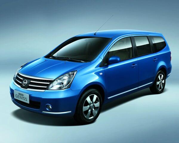 File:Nissan Livina.jpg