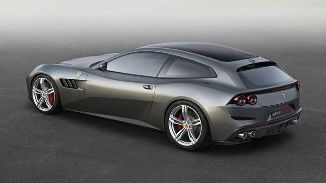 File:Ferrari gtc4lusso side r high lr.jpg