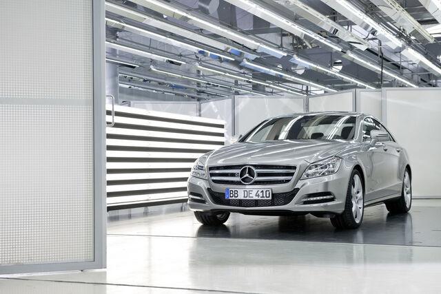 File:2011-Mercedes-Benz-CLS-11.JPG
