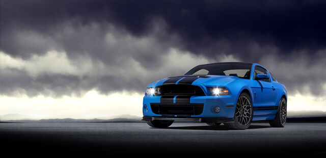 File:04-2013-ford-shelby-gt500.jpg