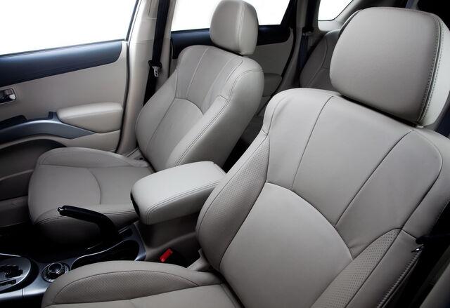 File:2010-Mitsubishi-Outlander-GT-29.jpg