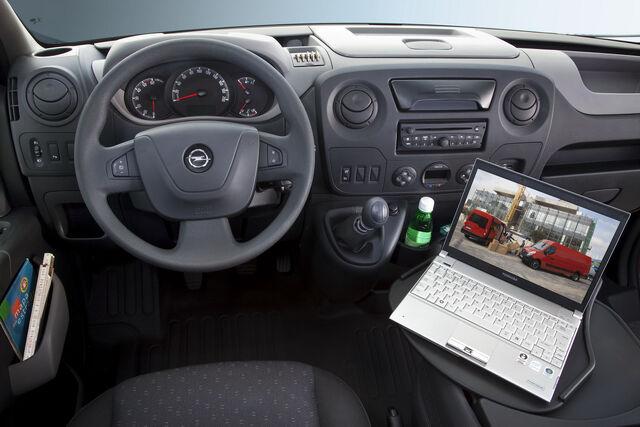File:Oie Opel Vauxhall Movano 10.jpg