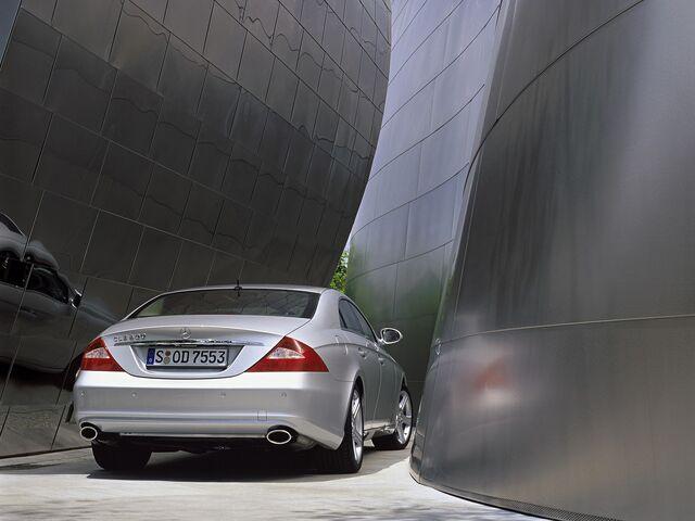 File:Mercedes-Benz CLS 500.jpg
