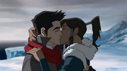 File:Korra and Mako kiss.png