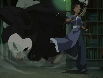 File:Katara flees from Wan Shi Tong.png