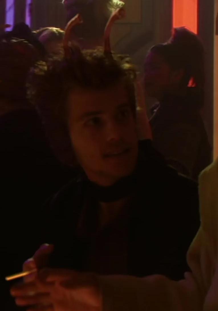 File:Matt Doran as Elan Sleazebaggano.jpg