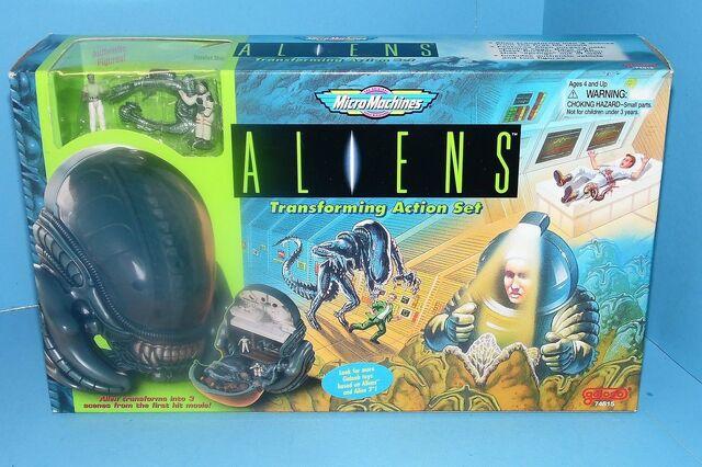 File:Aliensgaloobset.jpg