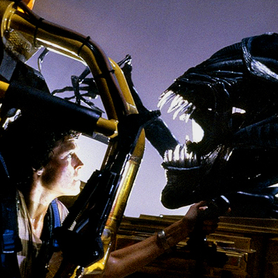 File:Ripley vs. Queen.jpg