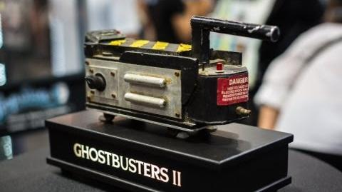 Prop Store at Comic-Con Aliens Motion Tracker & Ghostbusters Trap