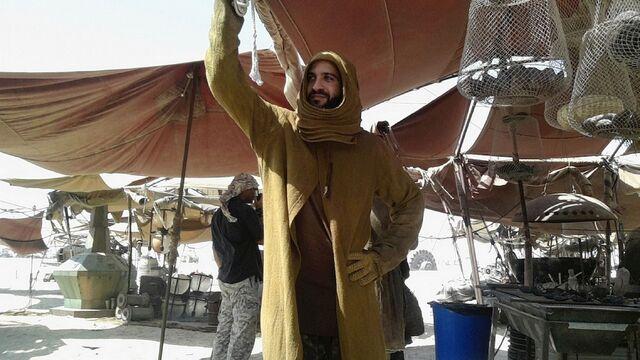 File:PAY-Star-Wars-Epsiode-VII-set-photos-in-Abu-Dhabi (3).jpg