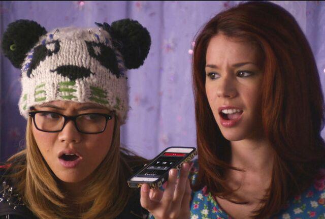 File:Jenna tells Tamara and Ming how she really feels.jpeg