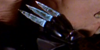 Minbari glove-knife