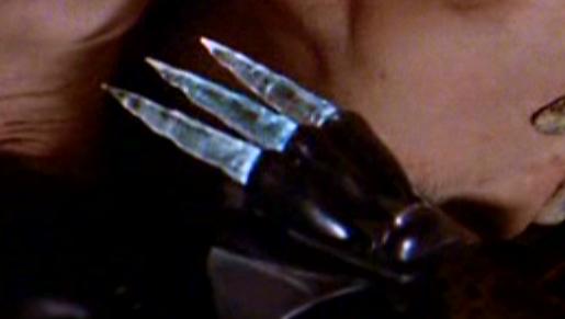 File:Gloveknife.png