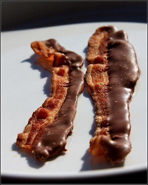 File:Chocolatebacon.jpg