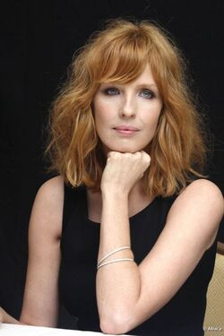 Kelly-reilly