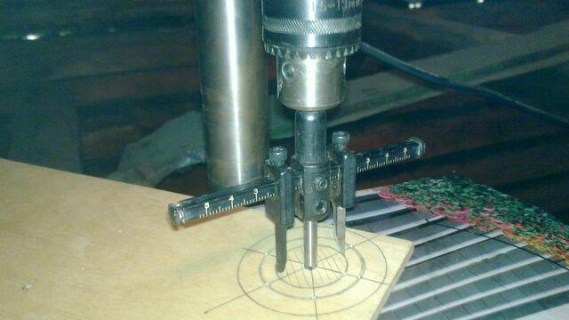 File:Making washer rim hole template - 04.jpg