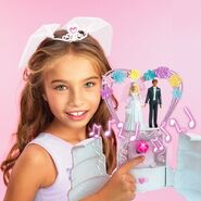 Barbie Wedding Cake Playset 4