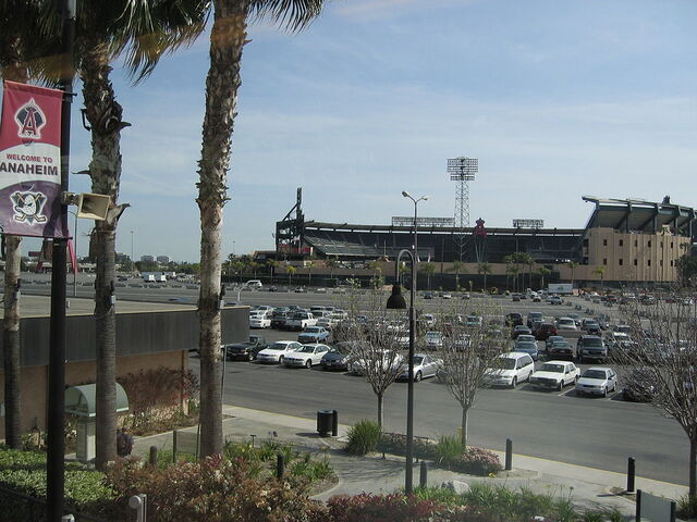 File:Angelstadium-farshot.JPG