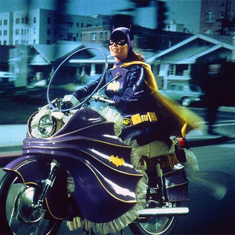 File:Batgirl cycle2.jpg