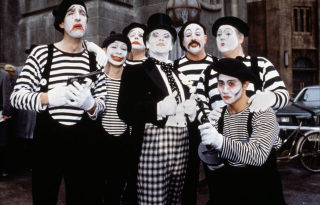File:Joker and his mimes.jpg