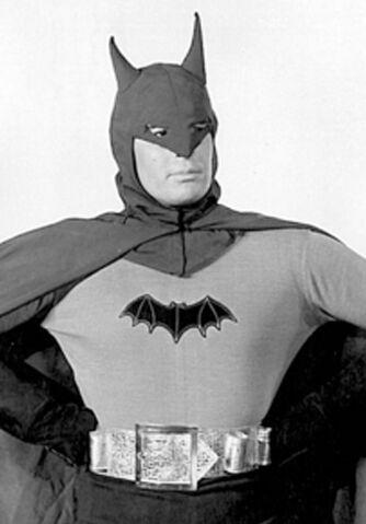 File:Batman '43 - Batman (infobox).jpg