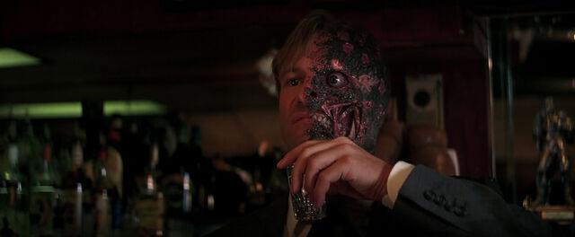 File:-Harvey-Dent-Two-Face-The-Dark-Knight-Screencaps-harvey-dent-13409422-1274-525.jpg