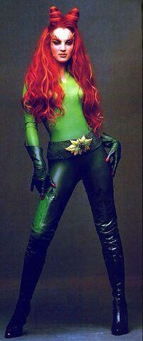 File:Poison Ivy (Uma Thurman) 14.jpg