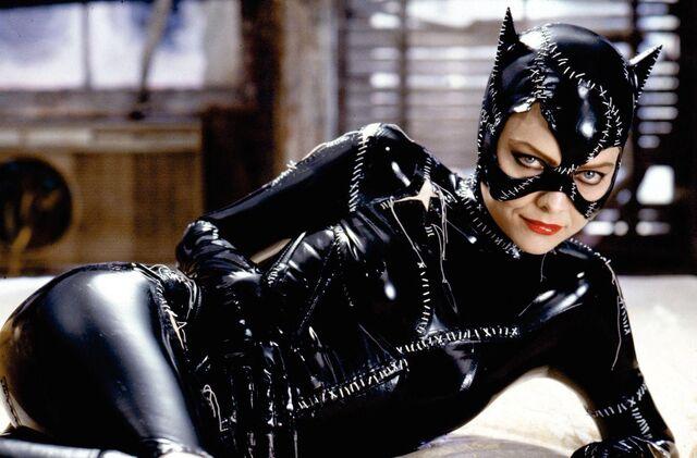 File:Catwomanbr.jpg