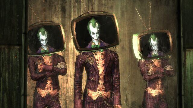 File:Three of a kind Joker Visitor1.jpg