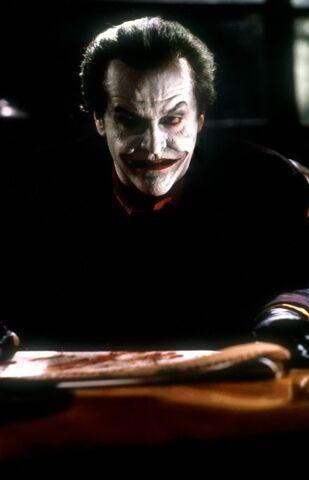 File:Batman-1989-01-g.jpg