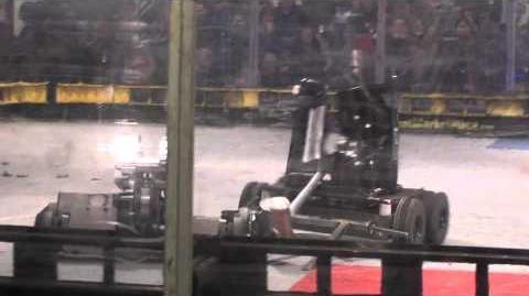 Preda Raptor vs Minifridge Robogames 2011