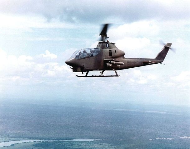 File:AH-1 Cobra.jpg