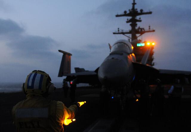 File:F-18 Super Hornet Launch.jpg