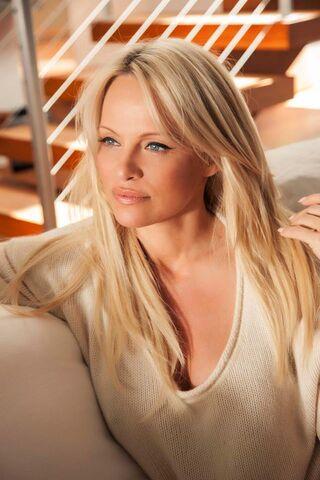 File:Pamela Anderson1.jpg