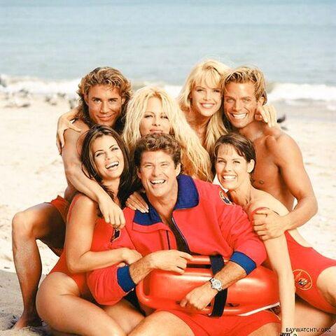 File:Season 6 gang.jpg