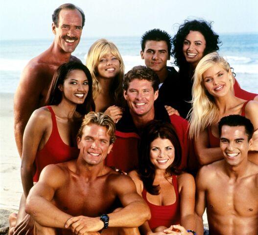 File:Season 7 Cast.jpg