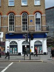 94 Baker Street - The Apple Boutique-182