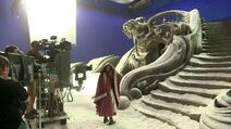 Beauty-and-the-Beast-Behind-the-Scenes-2