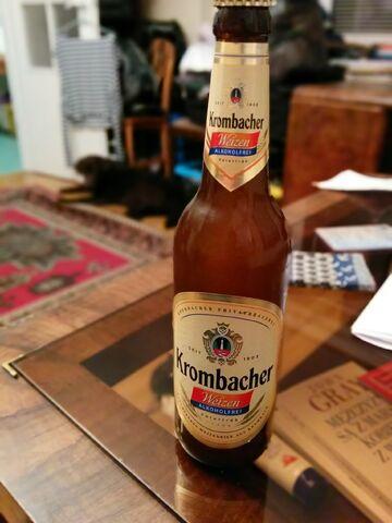 File:Krombacher Weizen alkoholfrei.jpg