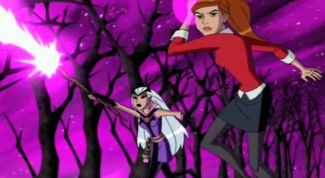 File:Gwen y Charmcaster atacabndo.png