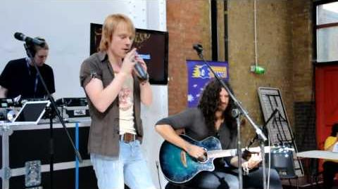 Dreams of an Absolution (HD Live Acoustic) Summer of Sonic 2009 - Bentley Jones