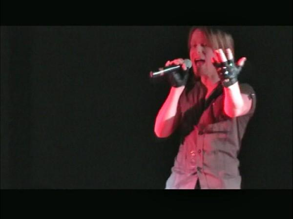 File:Live! 1.jpg
