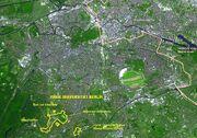 Freie Universität Berlin Luftbildfoto mit markiertem Campus 01-2005.JPG