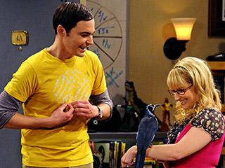 Datei:Sheldon and bird.jpg