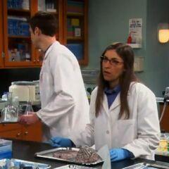 Sheldon annoying Amy.