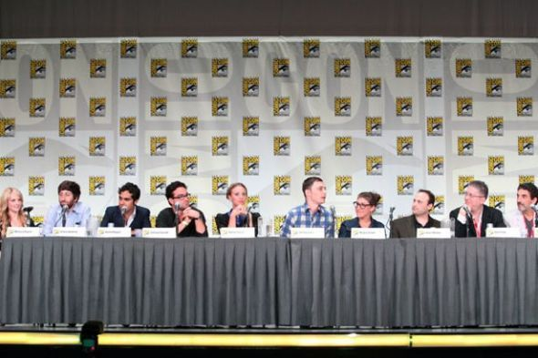 File:The Big Bang Theory Comic Con 2011 Panel.jpg